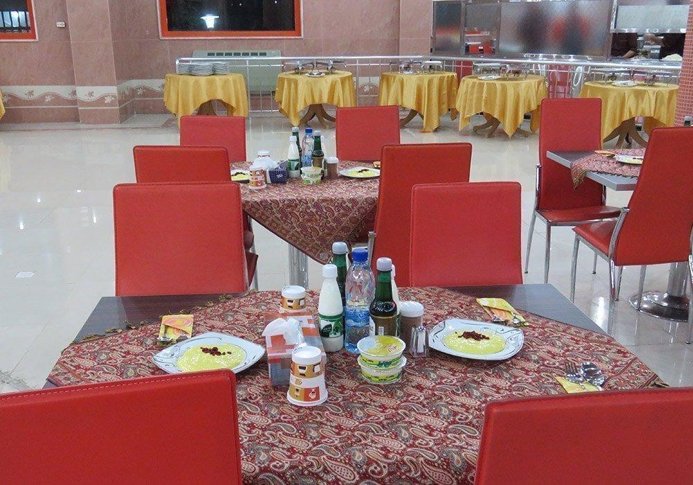 سالن غذاخوری